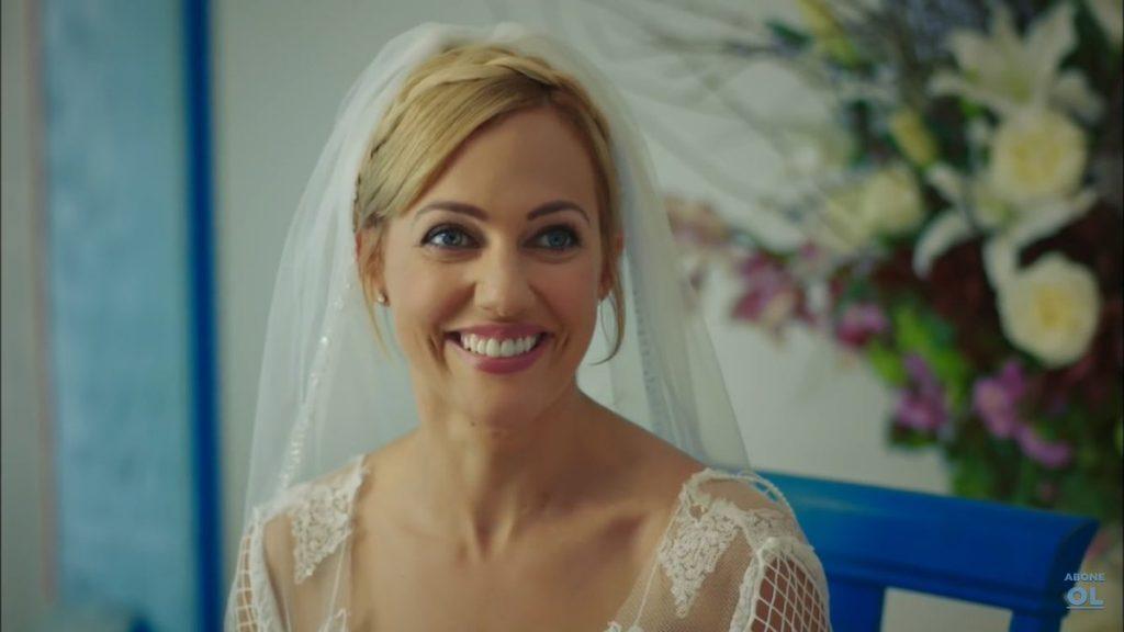 hd meryem uzerli wedding dress wallpaper 1024x576