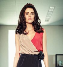 Cansu Dere Actress, Model, Presenter