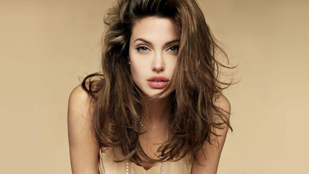 84563 Angelina Jolie 1024x576