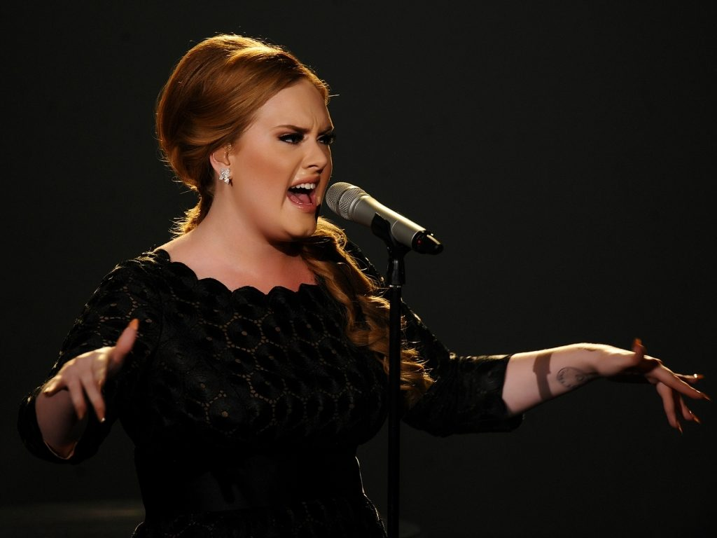 Adele Wallpaper HD singing 632786 1024x768