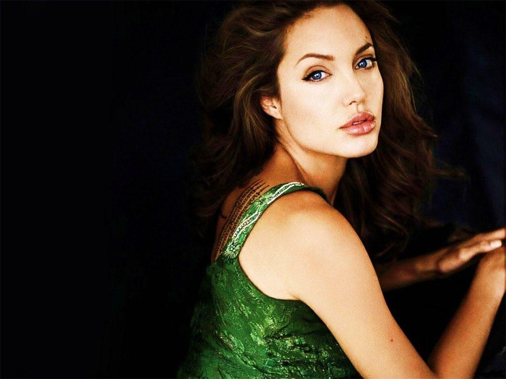 Angelina Jolie HD Wallpapers vvipafwallpapers.blogspot.com 1755 1024x768