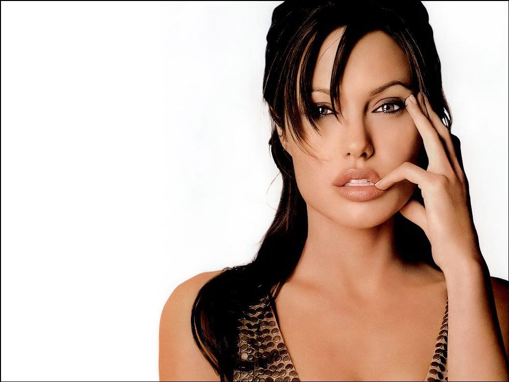 Angelina Jolie Wallpaper 201165 1024x768