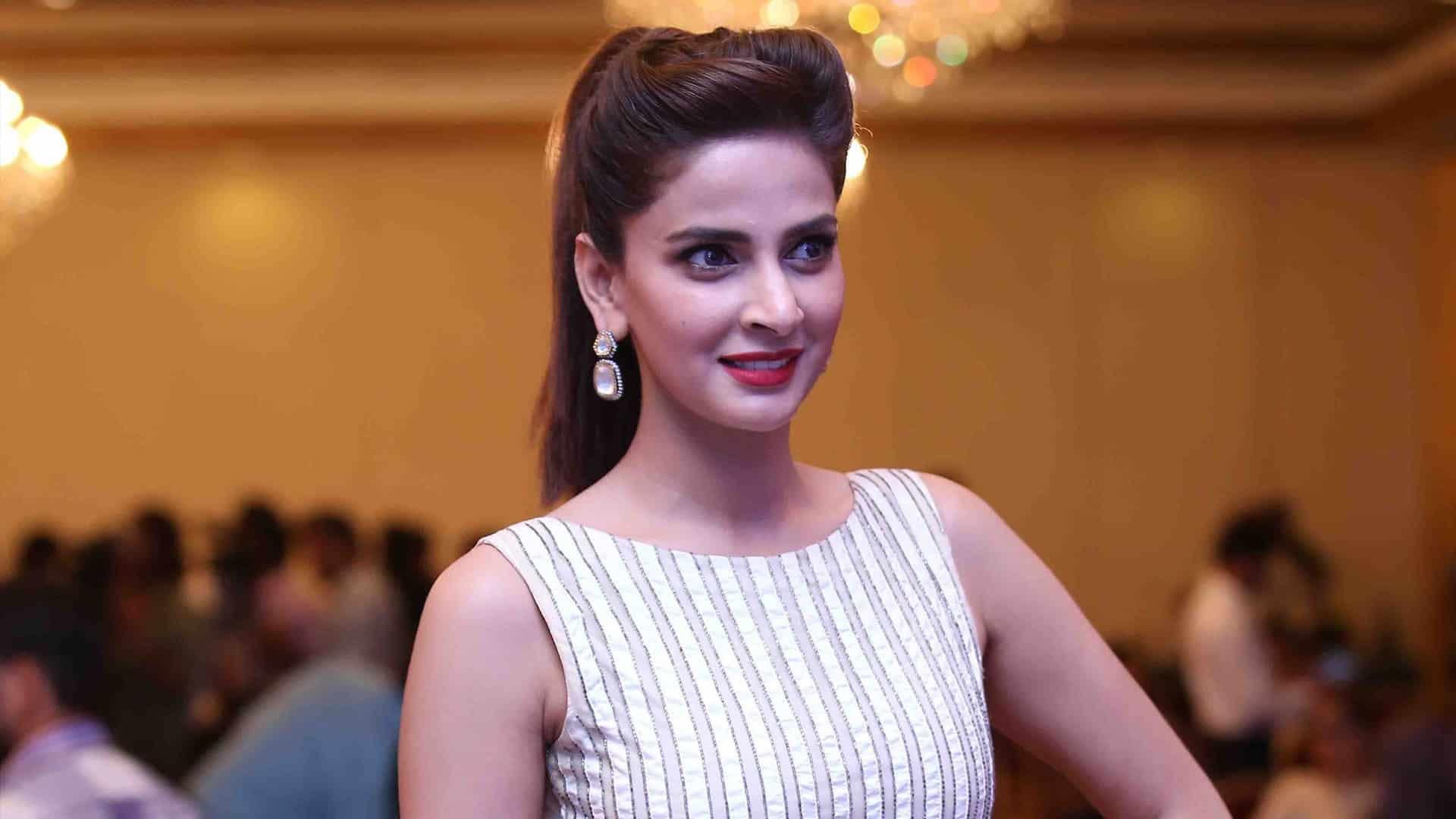 Saba Qamar Pakistani Actress, Television personality, Model, TV Anchor