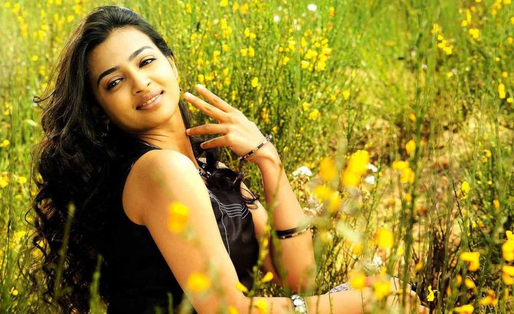 Radhika Apte full hd wallpapers free download 1024x626