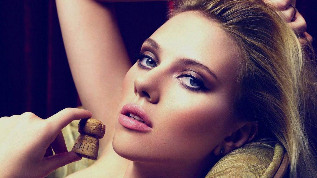 Scarlett Johansson wallpaper 070 1024x576
