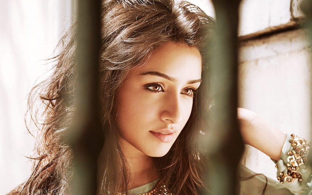 Shraddha Kapoor HD Wallpaper 1024x640