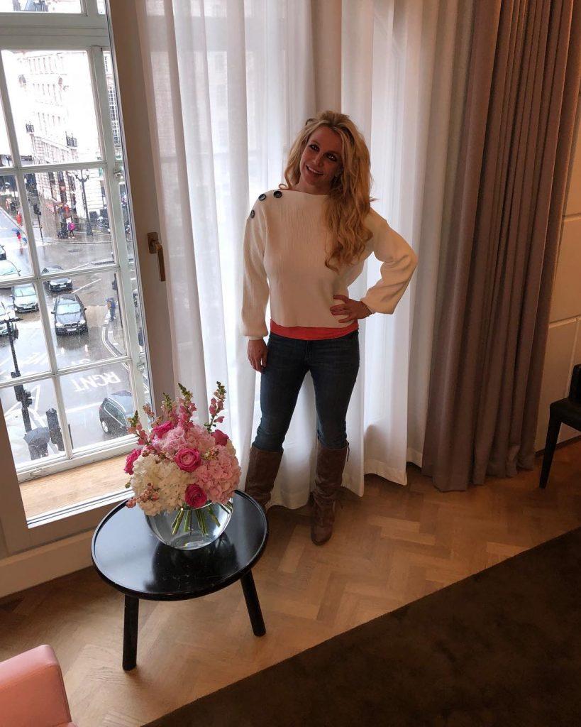 Britney Spears age 819x1024