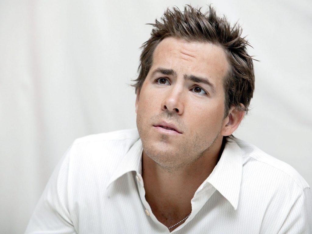 Ryan Reynolds HD Wallpaper 1024x768