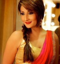 Urvashi Dholakia Model, Actress