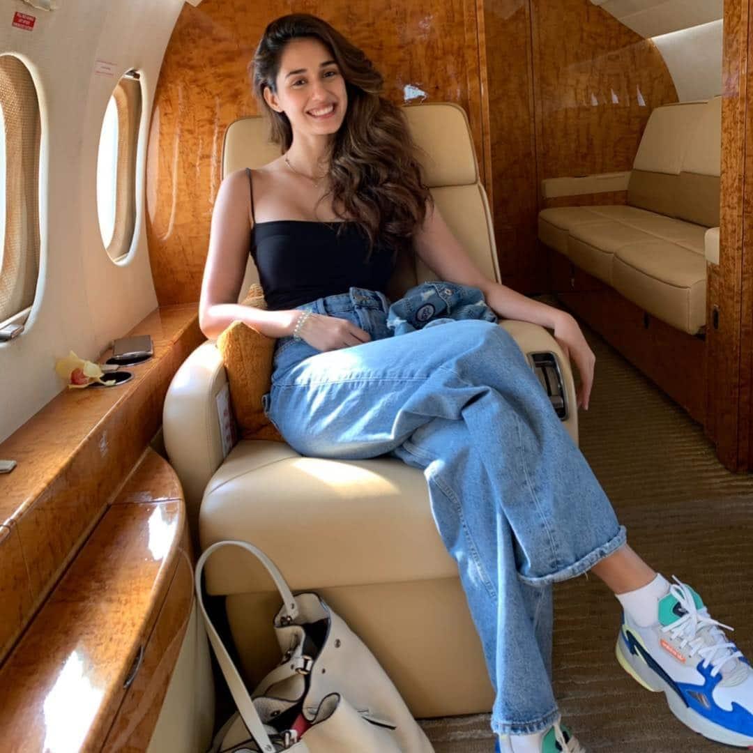disha patani aeroplane travel