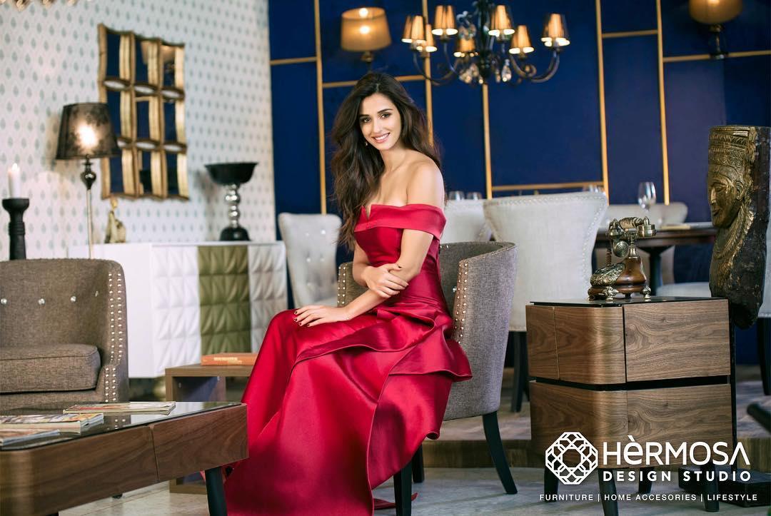 disha patani red dress