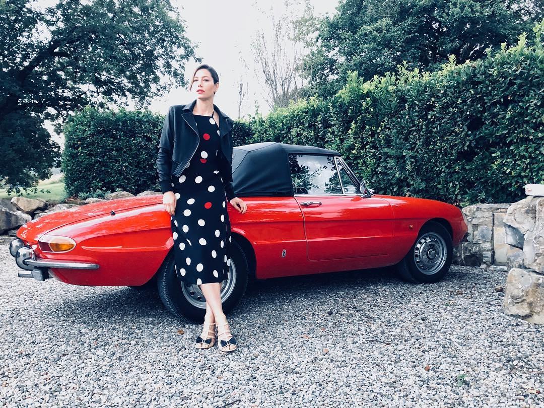 jessica biel with red car