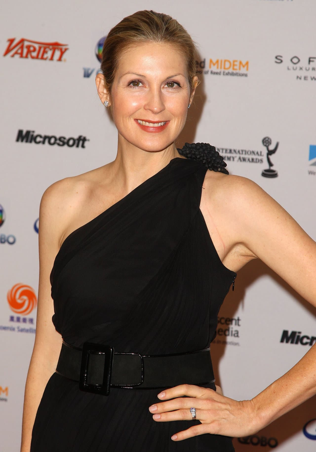 kelly rutherford 14121