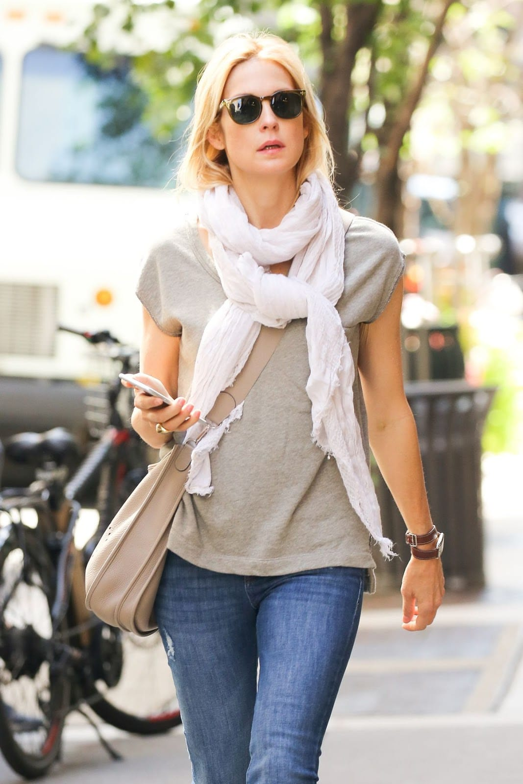 kelly rutherford out and about in new york photos 4u 2