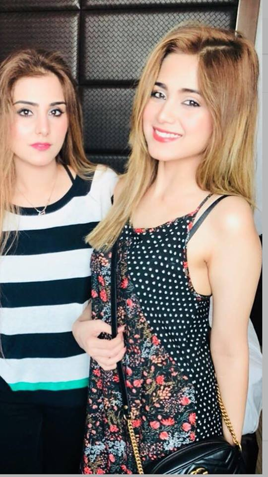 Gorgeous Aima Baig with her sister