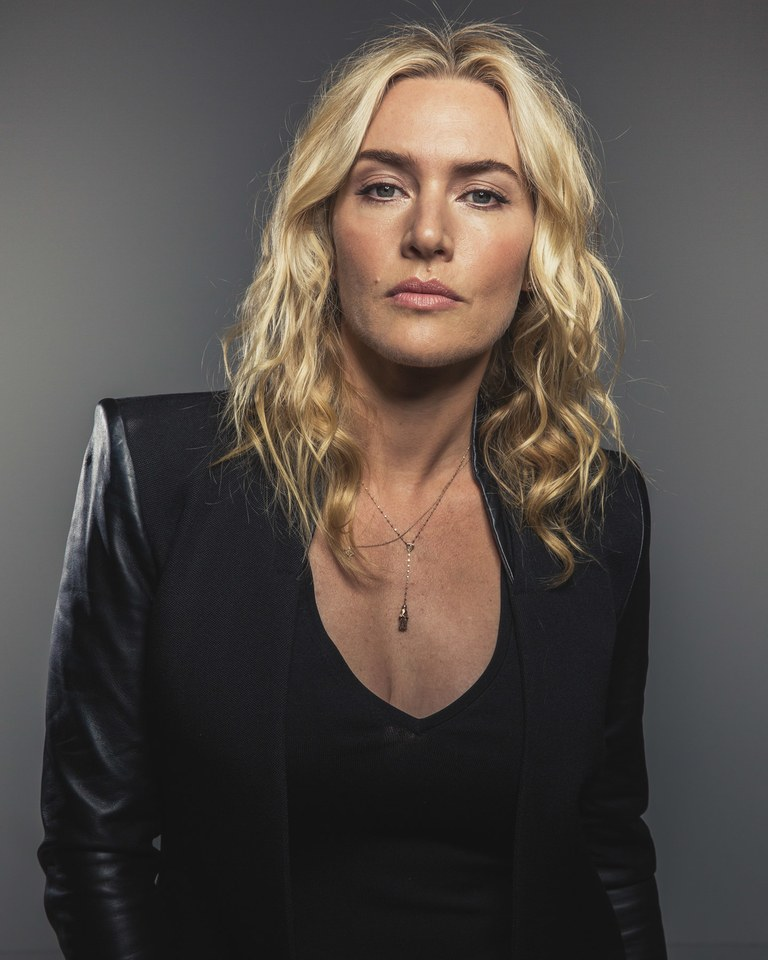 Kate Winslet black