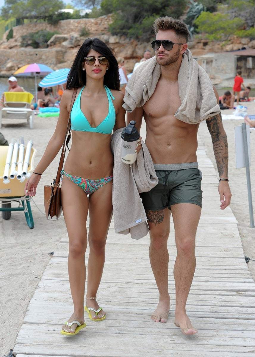 jasmin walia with her boyfriend