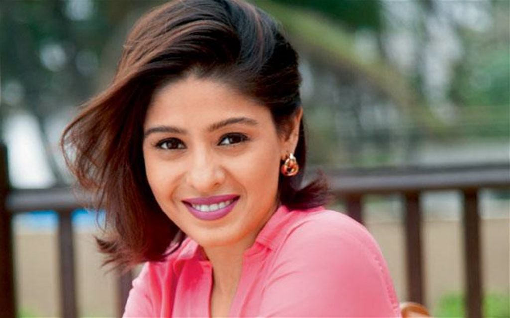 sunidhi chauhan in pink 1024x639