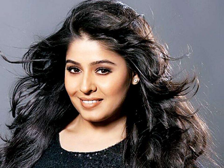 sunidhi chauhan singer 880x660