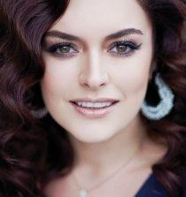 Ezgi Mola Actress
