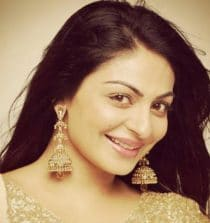 Neeru Bajwa Actress