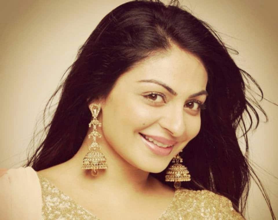 Neeru Bajwa Indian Actress