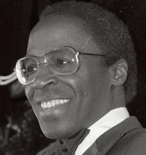 Robert Guillaume Actor, Song performer