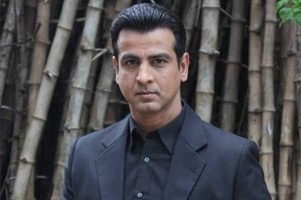 Ronit Roy Indian Actor, Producer, Model, TV Presenter, Businessperson