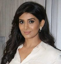 Sonali Kulkarni Actress