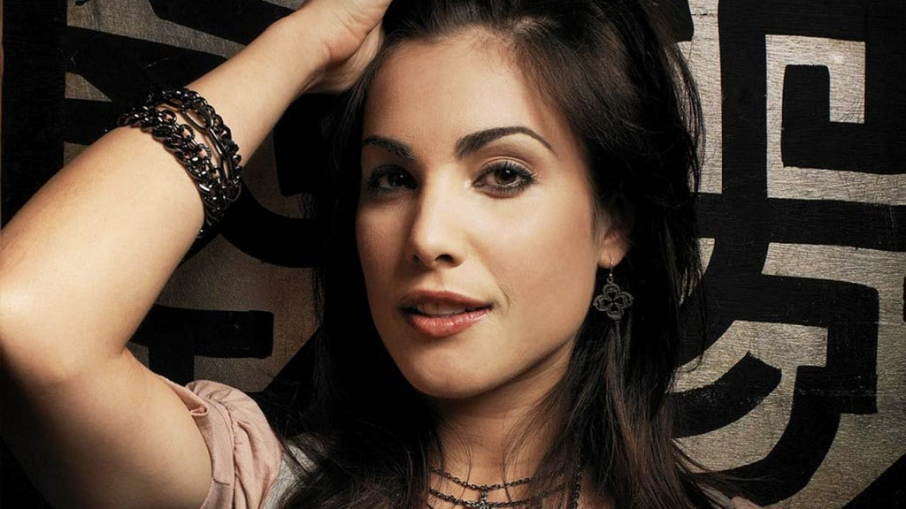 Carly Pope Canadian Actress