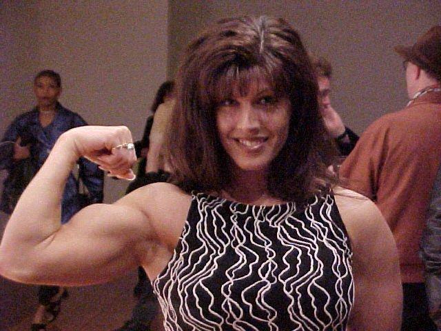Marianna Komlos Canadian Bodybuilder, Fitness Model and Valet