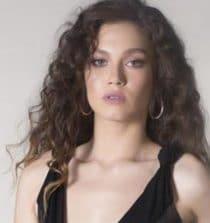 Melisa Senolsun Actress