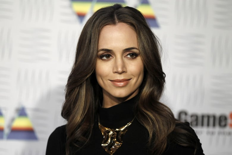 Eliza Dushku American Actress, Model and Producer