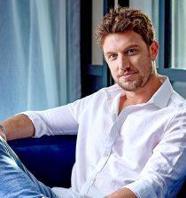 Adam Demos Actor, Social Media Personality