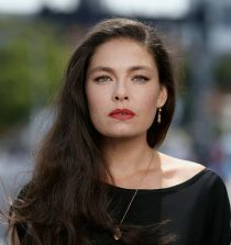 Alexa Davalos Actress