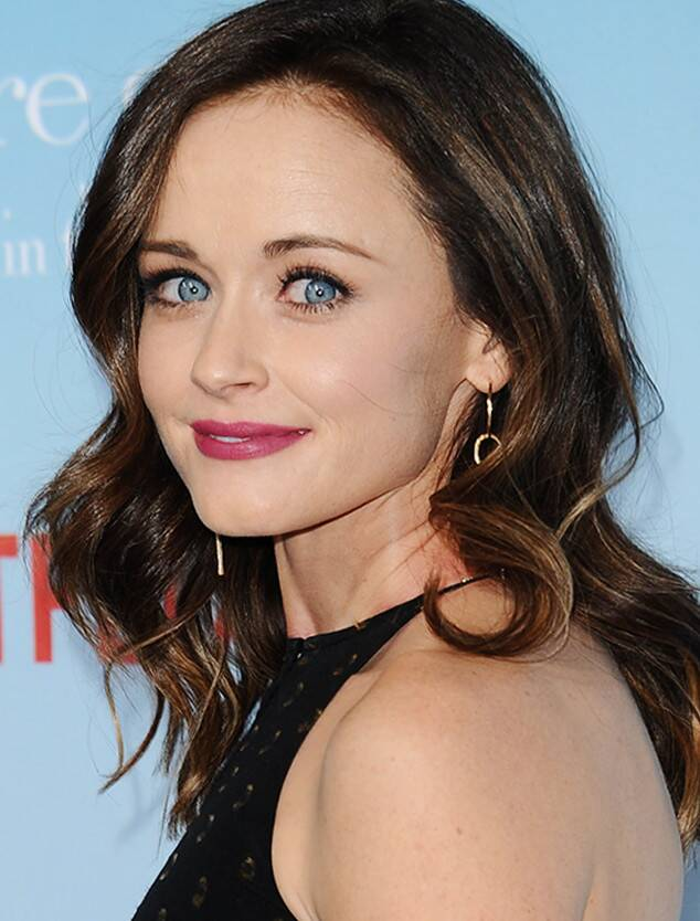 Alexis Bledel - Biography, Height & Life Story | Super Stars Bio