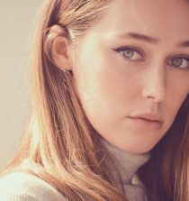 Alycia Debnam-Carey Actress