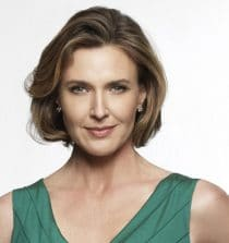 Brenda Strong Actress, Yoga Instructor