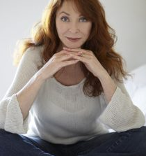 Cassandra Peterson Actress