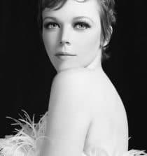 Emily Bergl Actress