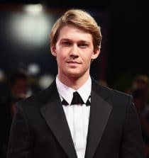 Joe Alwyn Actor