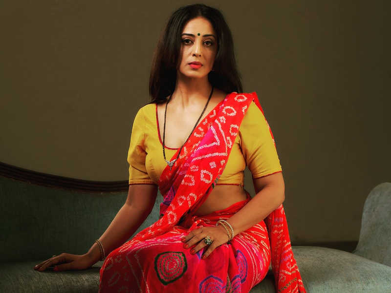 Mahie Gill Indian Actress, Model