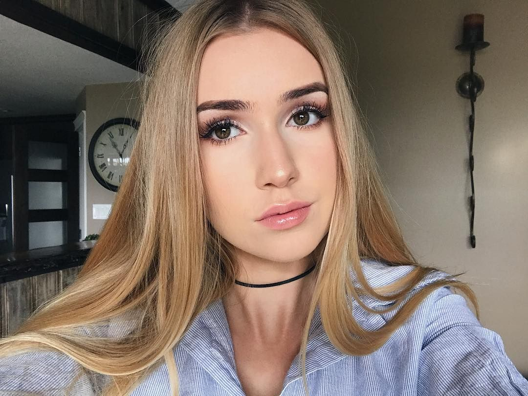 Mia Maples Canadian YouTube Star