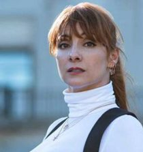 Najwa Nimri Actress