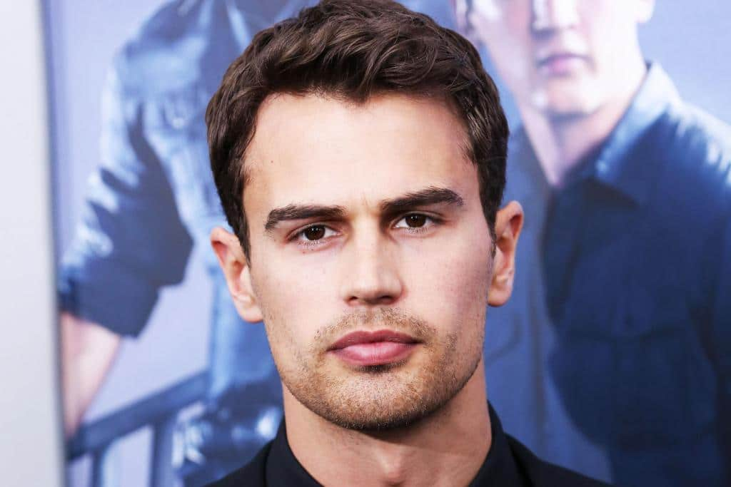 Theo James height