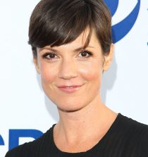 Zoe McLellan Actress