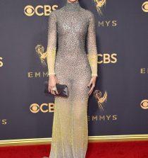 Amanda Crew Actress