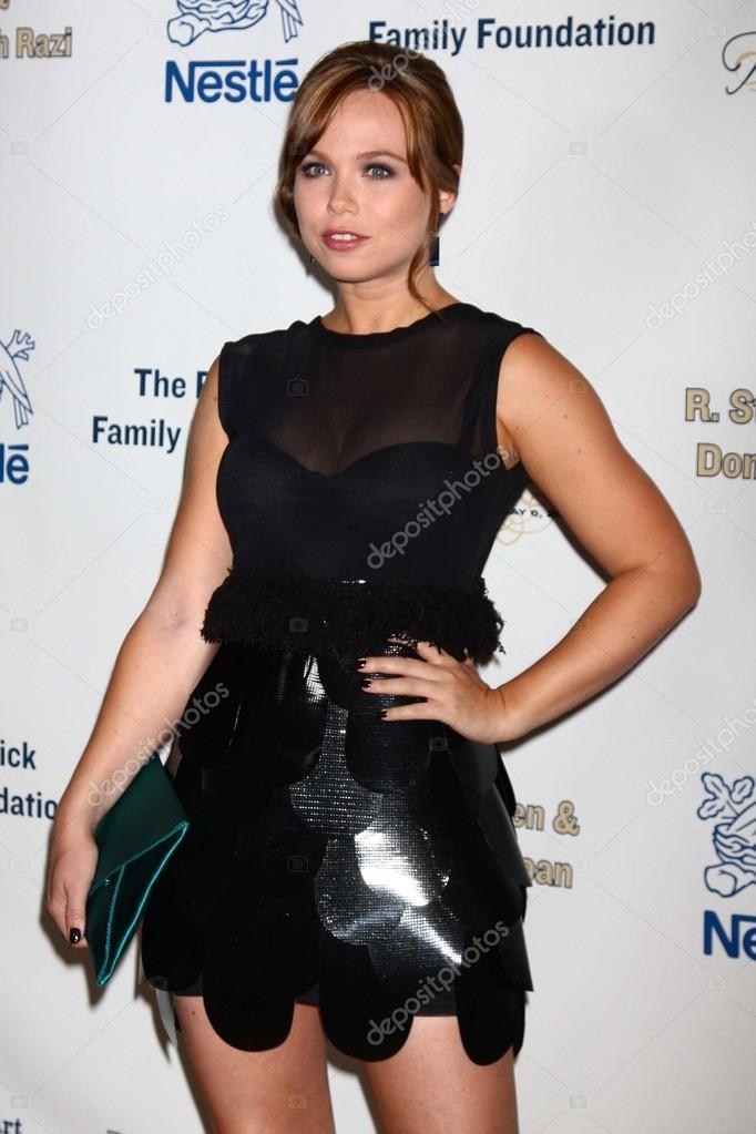 Amanda Fuller American Actress
