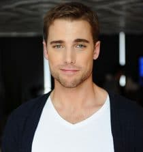 Dustin Milligan Actor