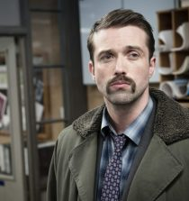 Emmett J Scanlan Actor